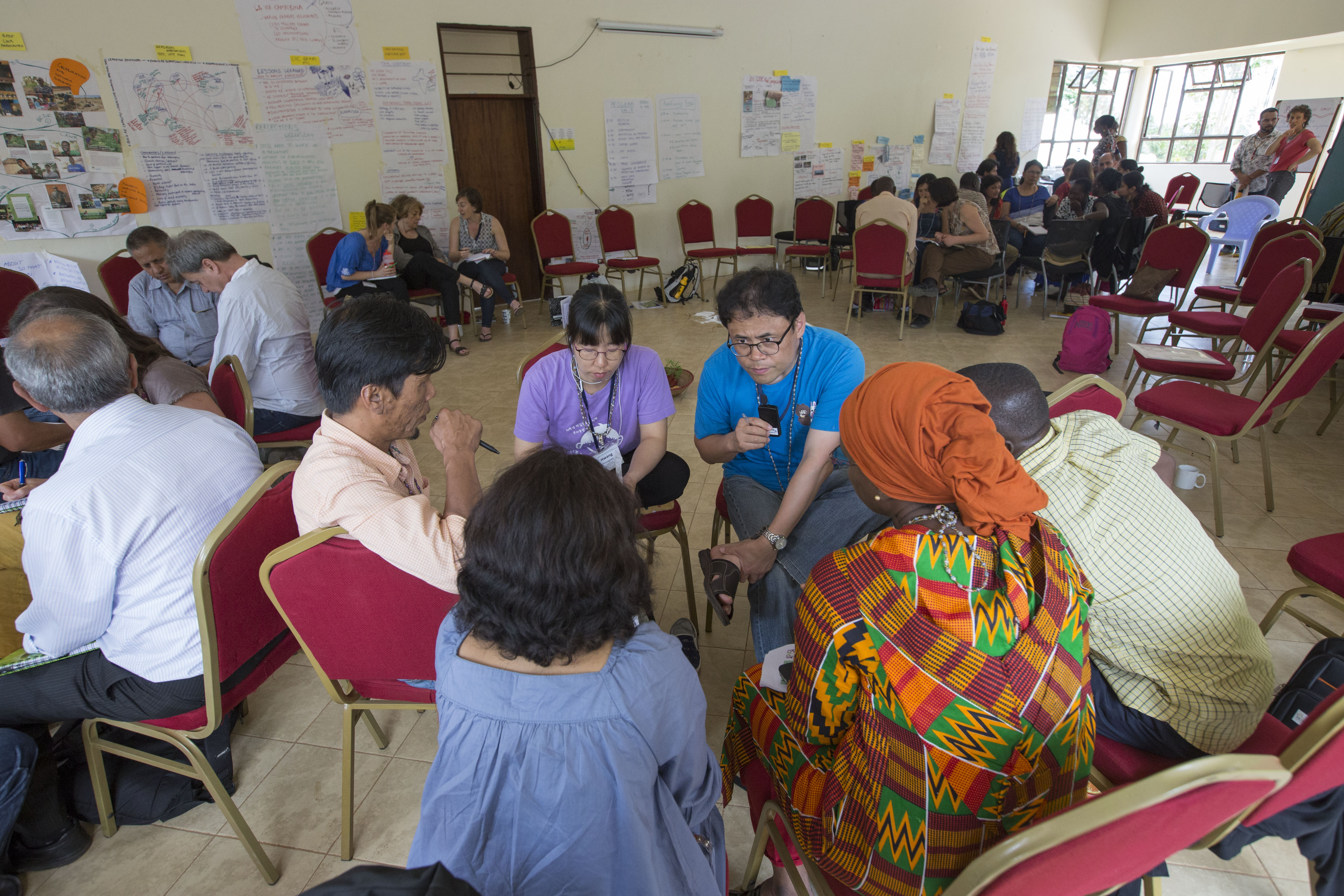 Small group sessions facilitated dynamic discussions and in depth sharing of ideas and experiences