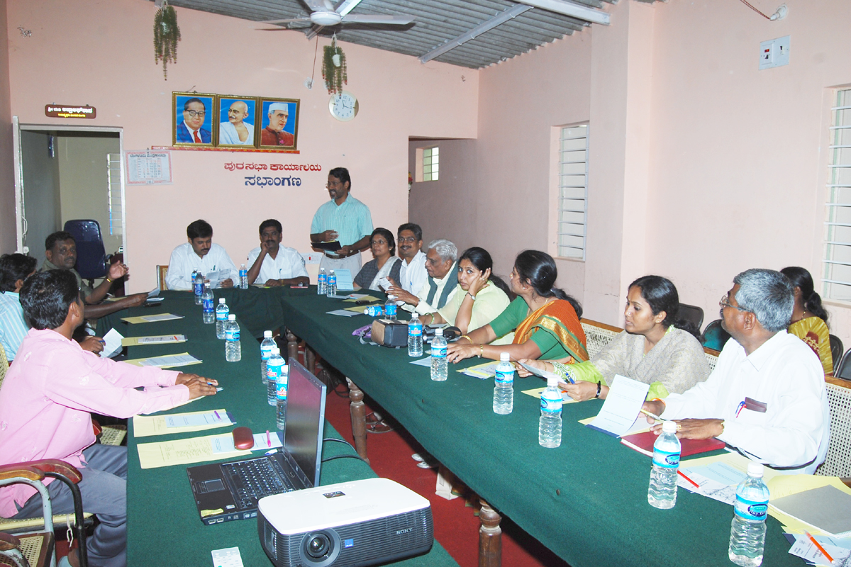 A meeting of stakeholders in promoting periurban-agriculture